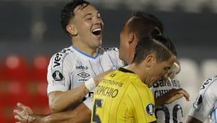 Tenho que confessar: até muito pouco tempo atrás não via Pepê como solução para os problemas do Grêmio e temia que o time ficasse órfão quando da saída de...