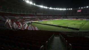 Não há o menor clima para futebol. Quanto menos na Argentina, sobretudo para o Boca Juniors, que entraria em campo nesta noite diante do Internacional no...