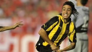 Alejandro Martinuccio volvió a ilusionar a los hinchas de Peñarol con su posible vuelta al club. El argentino había llegado a Peñarol en 2009 y jugó en el...
