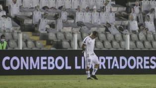 O Ministério da Saúde aprovou ontem (22) o protocolo sanitário apresentado pela CBF para volta do público aos estádios brasileiros, com 30% da capacidade. Com...