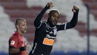 Sem contrato, após rescindir com o Corinthians, Vagner Love pode assinar com qualquer clube do futebol mundial. Hoje, aos 36 anos, o atacante não tem tantas...