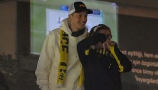 Istanbul steht Kopf. Zumindest der blau-gelbe Teil. Mesut Özil ist nun offiziell Spieler von Fenerbahce. Was der 32-Jährige bei Fener verdient, warum er eine...