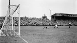 1950 Dünya Kupası finali, bugüne kadar bir maçta en fazla seyircinin tribünlerde yer aldığı maç olarak tarihe geçti. Bu maçı 199.854 biletli kişi izledi....