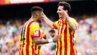 Au cours de sa riche histoire, le FC Barcelone a arboré des maillots de légende. Le style, les goûts et les couleurs étant une affaire de subjectivité, nous...