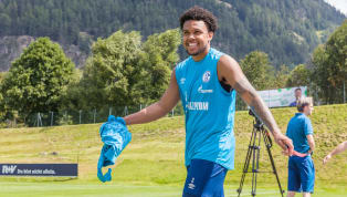 Juventus have announced the signing of Schalke midfielder Weston McKennie on an initial season-long loan with an option to buy at the end of the campaign. I...