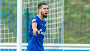 Nabil Bentaleb ist auf Schalke (mal wieder) suspendiert worden. Zusammen mit Amine Harit muss der Algerier vorerst abseits des Teams mit einem eigenen Coach...