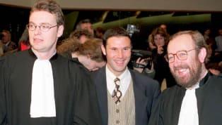 La llamada Ley Bosman de 1995 cambió los cimientos del fútbol y del mercado de fichajes gracias a la denuncia interpuesta por el exfutbolista belg, Jean-Marc...