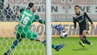 Sergiño Dest, objetivo del FC Barcelona para la próxima temporada, ha aparecido en redes sociales con el chandal del club azulgrana. En una publicación en la...