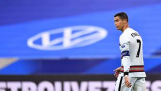 Cristiano Ronaldo menjadi pemain sepakbola terbaru yang terpapar virus Corona. Pemain yang berposisi sebagai penyerang sayap itu terpapar saat menjalani tugas...