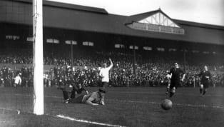 Geçmişi MÖ 300'e kadar dayanan futbol, modern çağda 1863'ten beri oynanan dünyanın en popüler spor dalı. 24 Ekim 1857'de İngiltere'nin Sheffield şehrinde,...