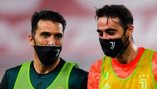 La Juventus ha battuto il Sassuolo con il punteggio di 3-1 ma prima dell'inizio della sfida Gigi Buffon e Carlo Pinsoglio, i due portieri della Juventus,...