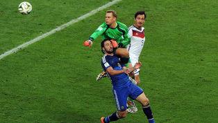 Gonzalo Higuaín recordó la particular jugada con el arquero 'bávaro' en la final del Mundial de Brasil 2014: aseguró que Manuel Neuer le cometió penal cuando...
