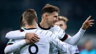 Die deutsche Nationalmannschaft wird bei der um ein Jahr verschobenen EM im Sommer 2021 offenbar mit schwarzen Auswärtstrikots an den Start gehen. Neben dem...
