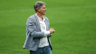 A segunda-feira foi de homenagem (mais uma) a Renato Portaluppi. Ele comandou o Grêmio pela 384ª vez em sua carreira e, com isso, se tornou o treinador com...