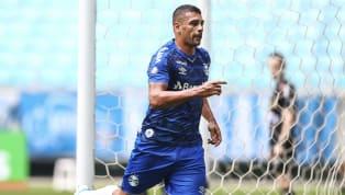 Ainda somente nos treinamentos, a equipe do Grêmio está com quatro atletas com contrato no fim. Diego Souza, Thiago Neves, Marcelo Oliveira e Júlio Cesar...