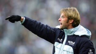 Os técnicos de futebol, bem como os jogadores, também buscam o apogeu do mundo da bola. Para tal, há quem comece 'em vantagem', como Zinédine Zidane e Pep...