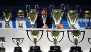 Mới đây, Iker Casillas vừa tuyên bố giải nghệ sau hơn 20 năm thi đấu chuyên nghiệp Iker Casillas, hay được các fan hâm mộ tại Việt Nam gọi là thánh Iker là...