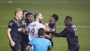 El debut del delantero argentino Gonzalo Higuaín en la Major League Soccer (MLS) de los Estados Unidos para el Inter Miami estuvo lejos de ser la ideal: su...
