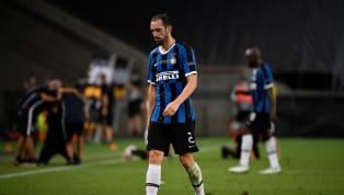 Nach nur einem Jahr bei Inter Mailand zieht Diego Godin weiter. Der 34-jährige Innenverteidiger wechselt ablösefrei innerhalb der Serie A zu Cagliari Calcio,...