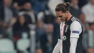 Possibili guai in vista per Adrien Rabiot. Il centrocampista francese della Juventus questo pomeriggio ha violato il rigido regolamento del club bianconero in...