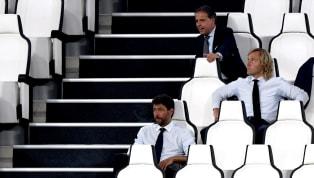 Da Maurizio a Mauricio. Dopo aver esonerato Sarri a seguito della bruciante eliminazione agli ottavi di finale di Champions League contro il Lione, la...