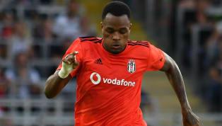 Milliyet'te yer alan habere göre; forvet arayışlarını sürdüren Beşiktaş'ta Cyle Larin'in takımda tutulmasına karar verildi. Beşiktaş'ta Larin için karar...
