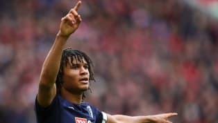Nathan Ake là một trong những hậu vệ được săn đó tại Premier League vào cuối mùa giải này. Và sau rất nhiều đồn đoán, anh đã chính thức gia nhập Manchester...