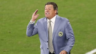 Miguel Herrera se ha convertido en un técnico polarizado por la afición mexicana, pues mientras unos alaban su buen paso por el América y el buen estilo de...