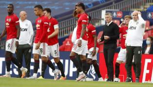 On le sait, ce n'est pas le secteur offensif qui pose problème à Manchester United. Bien qu'il pourrait être intéressant de le renforcer un peu, c'est surtout...