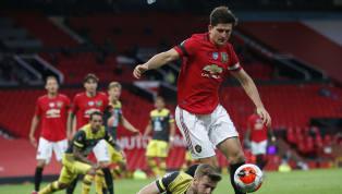 Manchester United gagal mengamankan tiga poin kala melawan Southampton di Old Trafford. Sayang, sebuah sundulan Michael Obafemi pada injury time sukses...