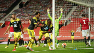 Late Manchester United missed the opportunity to move into the Champions League places as they conceded a 95th-minute equaliser in a 2-2 draw with Southampton...