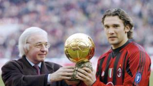 Con Messi y Cristiano Ronaldo monopolizando el Balón de Oro en la última década, parece que queda muy lejano ya aquel tiempo en el que el premio al mejor...