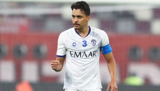 Fenerbahçe kadrosuna yıldız bir 10 numara katmak için kolları sıvadı... Kanarya, kulübüyle sözleşmesi ekim ayında bitecek Brezilyalı yıldız Carlos Eduardo'ya...