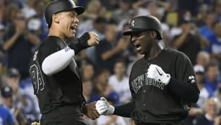 El campocorto de Yankees de New York, Didi Gregorius, abandonó temprano el partido del domingo contra Dodgers de Los Angeles por un pelotazo en el hombro...