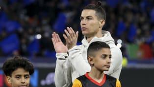 Ces derniers mois, le nom de Cristiano Ronaldo a souvent été associé au Real Madrid ou au Paris Saint-Germain. Pourtant, il n'en est rien. Le buteur de la...