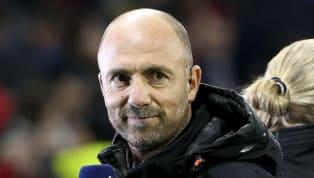 """""""Dégoûté"""" du monde du football, Christophe Dugarry a annoncé son départ de RMC. Le champion du monde 98 souhaite s'exiler loin du football moderne. Derrière..."""