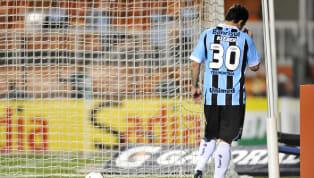"""""""Um gladiador para a Arena"""". Este era o slogan publicitário que embalou a ida de Kleber Gladiador para o Grêmio. Contratado no final de 2011 por Paulo Odone,..."""