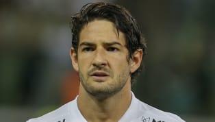 Depois de Thiago Neves, Alexandre Pato. Foi só o São Paulo ser derrotado pela LDU e se complicar (e muito) na Libertadores que o ex-atacante tricolor foi ao...