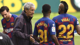 Barcelona sắp sửa sa thải HLV Quique Setien vào cuối mùa này, người thay thế hoàn toàn có thể là huyền thoại Xavi. Barcelona đã để vuột mất bốn điểm sau những...