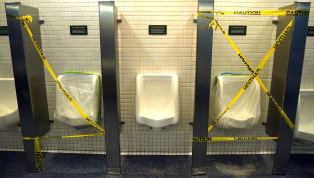 Maç esnasında vücut, beklenmedik bir reaksiyon göstererek tuvalet ihtiyacınızı karşılamanızı isteyebilir. Nadir olarak bu olay yaşansa da, o adrenalin dahi...