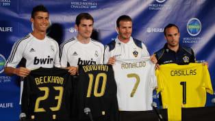 Futbolcular eskiden oynadıkları mevkiye göre numaraları almak zorundalardı. Sadece Avrupa Futbol Şampiyonası ya da Dünya Kupası gibi büyük turnuvalarda numara...