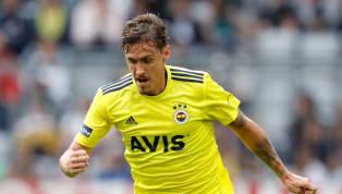 Max Kruse steht türkischen Medienberichten zufolge vor einer Rückkehr in die Bundesliga. Überraschenderweise soll seine Wahl auf den letztjährigen Aufsteiger...