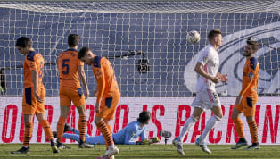 El Real Madrid salió contra el Valencia con su once de gala. Carvajal fue la única novedad respecto a la última jornada, aunque tuvo que salir en la primera...