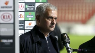 Mourinho gửi những thông điệp lạ đến học trò sau trận thua trước Antwerp Tottenham Hotspur vừa bất ngờ thua đội bóng vô danh Antwerp với tỷ số 1-0 tại Europa...