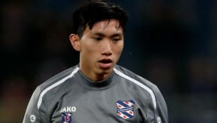 Huấn luyện viên thủ môn Raymond Vissers của SC Heerenveen khẳng định, Văn Hậu nên tiếp tục ở lại Hà Lan để phát triển sự nghiệp. Tương lai của Văn Hậu vẫn...