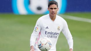 C'est une nouvelle lancée par Marca ! Sous contrat jusqu'en juin 2022, le Real Madrid ne serait pas contre l'idée d'inclure Raphaël Varane dans l'opération...