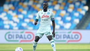 Le journal italien Corriere dello Sport confirme l'intérêt du Paris Saint-Germain pour le défenseur central de Naples Kalidou Koulibaly, afin de succéder à...