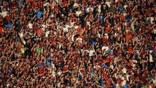 El público no puede entrar a los estadios y vemos cada partido con una lágrima en los ojos. Las personas no inundan las gradas, las mareas no se mueven con...