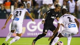 De um lado, uma camisa vitoriosa e tradicional, em mau momento. De outro, um time eufórico, em ascensão. Santos e Red Bull Bragantino se enfrentam no próximo...