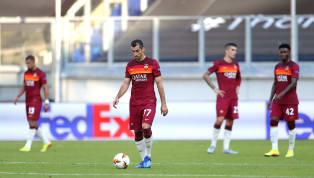 Termina nel peggior modo possibile l'avventura della Roma in Europa League. Giallorossi annientati dal Siviglia Sul ribaltamento da calcio d'inizio subito un...